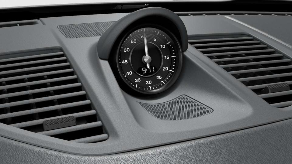 2020 Porsche 911 Sport Chrono package clock