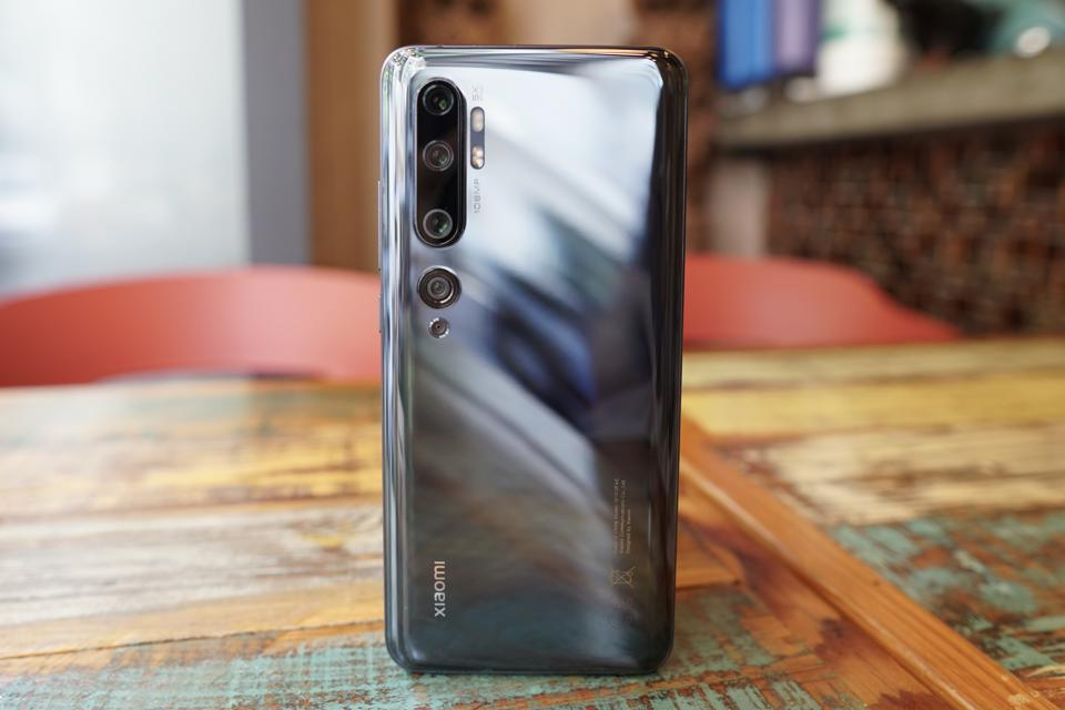 The penta-camera system of the Xiaomi Mi Note 10 headlined by a 108-megapixel camera.