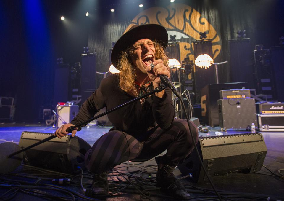 Singer Marc Labelle of Dirty Honey performs Thursday, October 10, 2019 at Chicago Theatre (Photo by Barry Brecheisen)