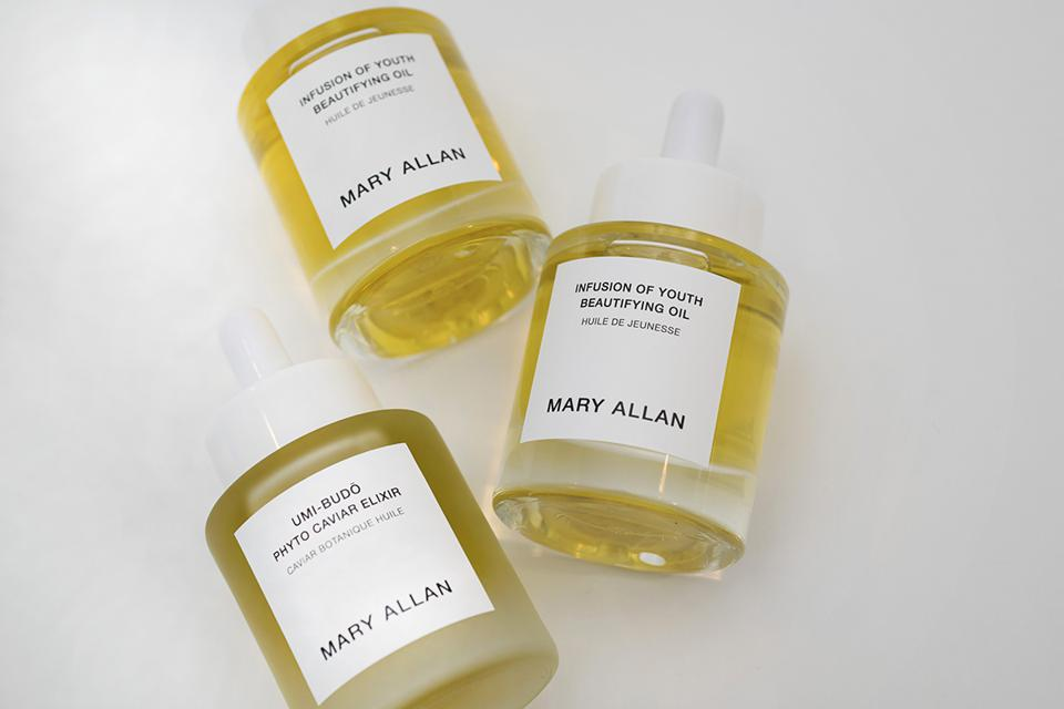 Mary Allan's face oils are clean, luxurious, but most of all: effective.