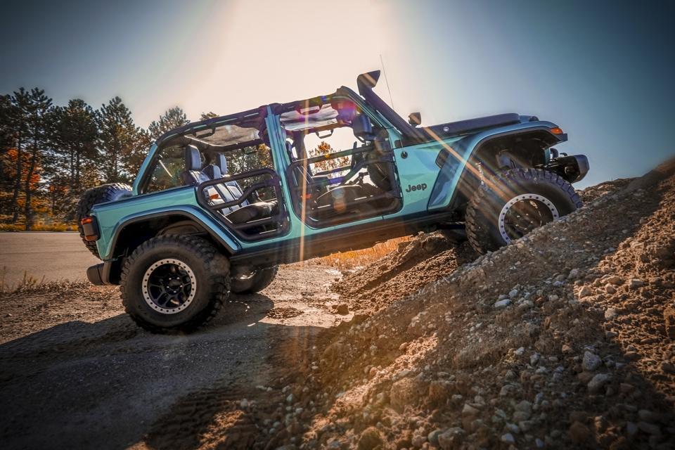 Jeep Wrangler Rubicon concept by Mopar SEMA 2019