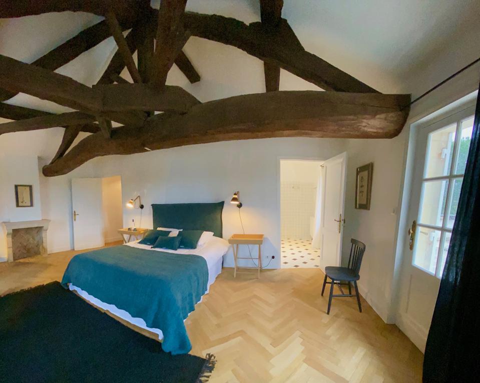 Guest accommodations at Château La Fleur de Boüard