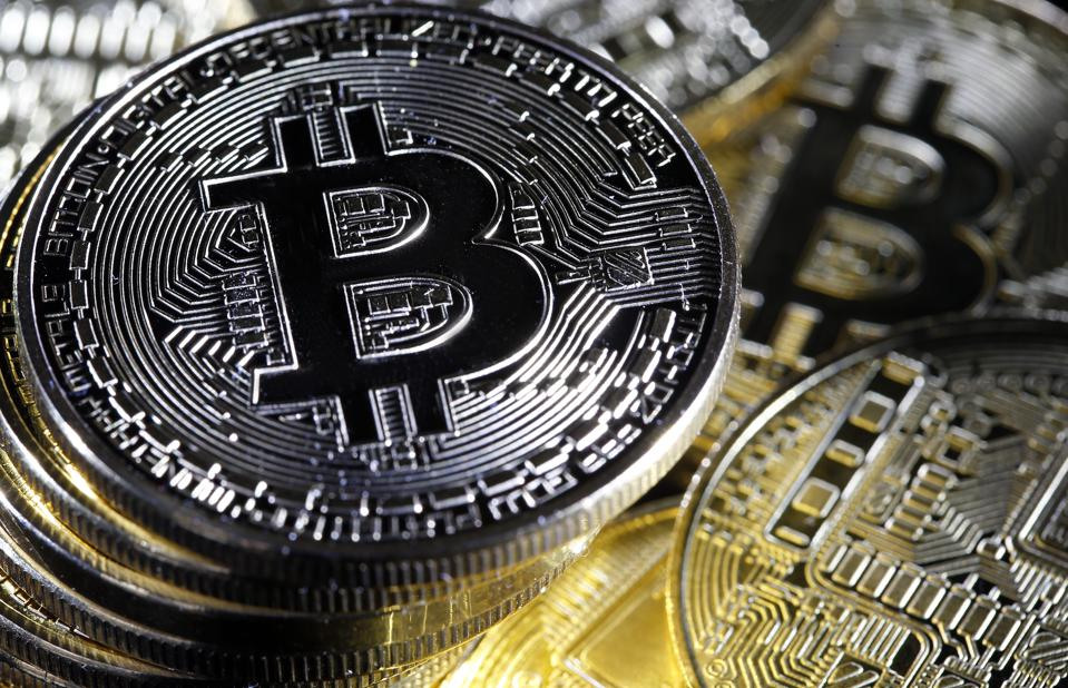 Bitcoin Struggles To Recover After 6% Drop