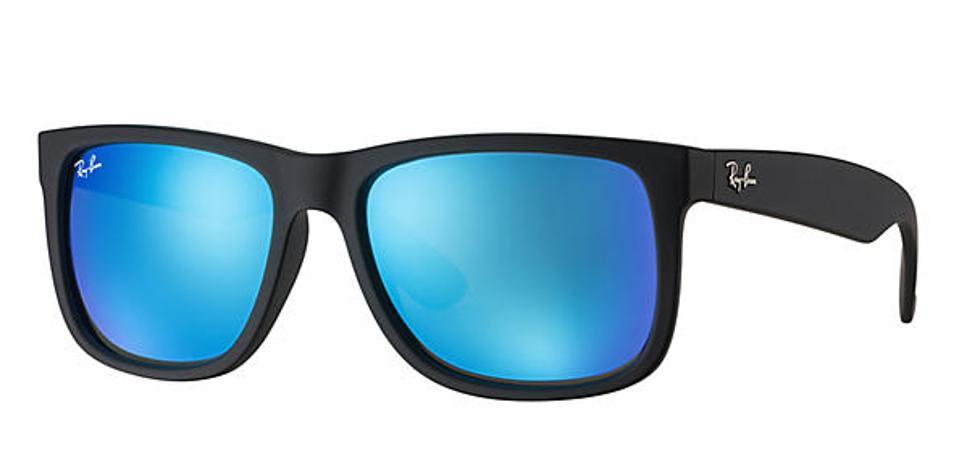 Justin Color Mix, Ray Ban sunglasses on display.