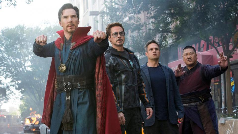 Benedict Cumberbatch, Robert Downey Jr, Mark Ruffalo and Benedict Wong in 'Avengers Infinity War'