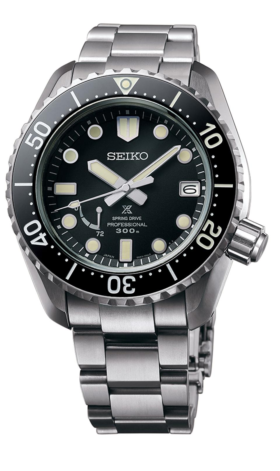 Seiko took the diver's watch prize for the Prospex LX, a nod to Seiko's first diver's watch, introduced in 1968. It is water resistant to 300 meters.