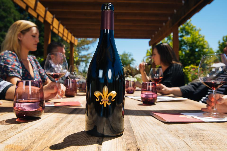 DeLoach Vineyards Estate Pinot Noir Sonoma Wine