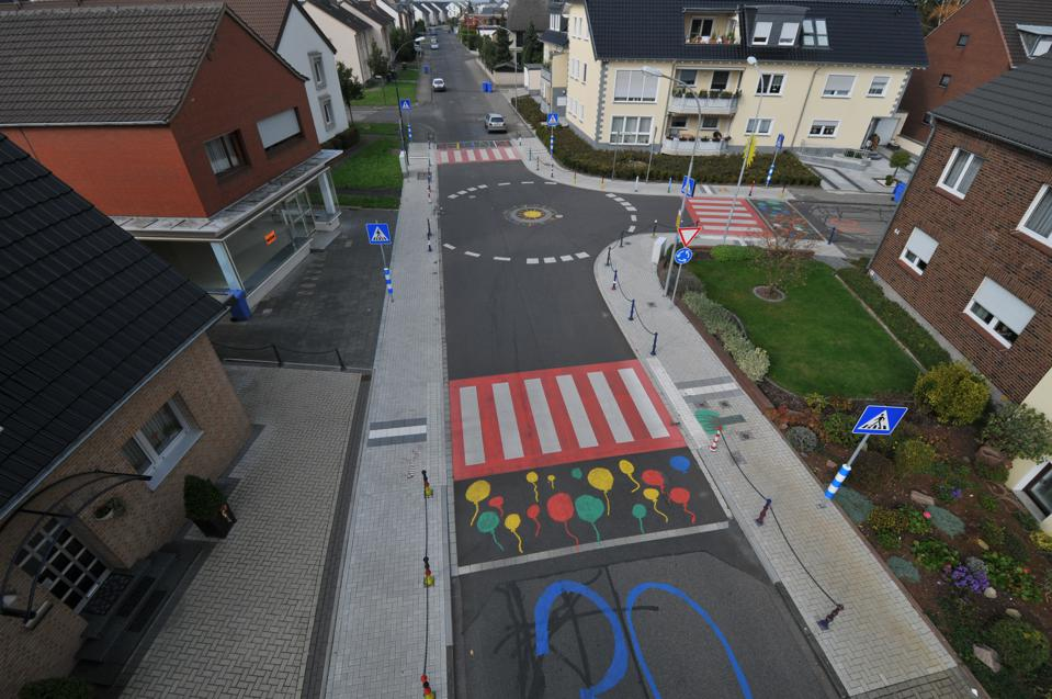 Kids In Germany Redesign Road To Save Lives