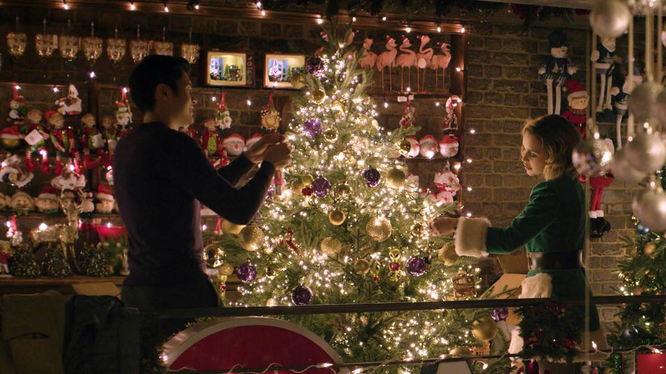 Henry Golding and Emilia Clarke in Paul Feig and Emma Thompson's 'Last Christmas'