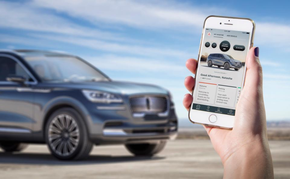 Owners will be able to use their smartphone as a key when Lincoln debuts the Phone as a Key technology on the production model of Aviator, allowing clients to lock and unlock the vehicle, open its trunk and, most importantly, start and drive it – no smart key fob necessary.