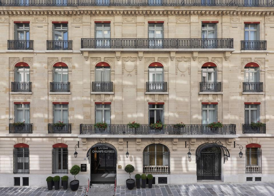 The Best New Hotels In Paris Offer Good Discounts This Fall