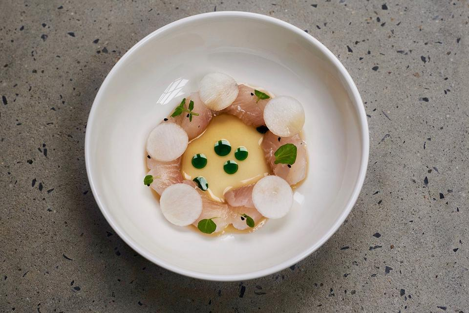 Fluke, sour, onion and nigella from Oxalis.