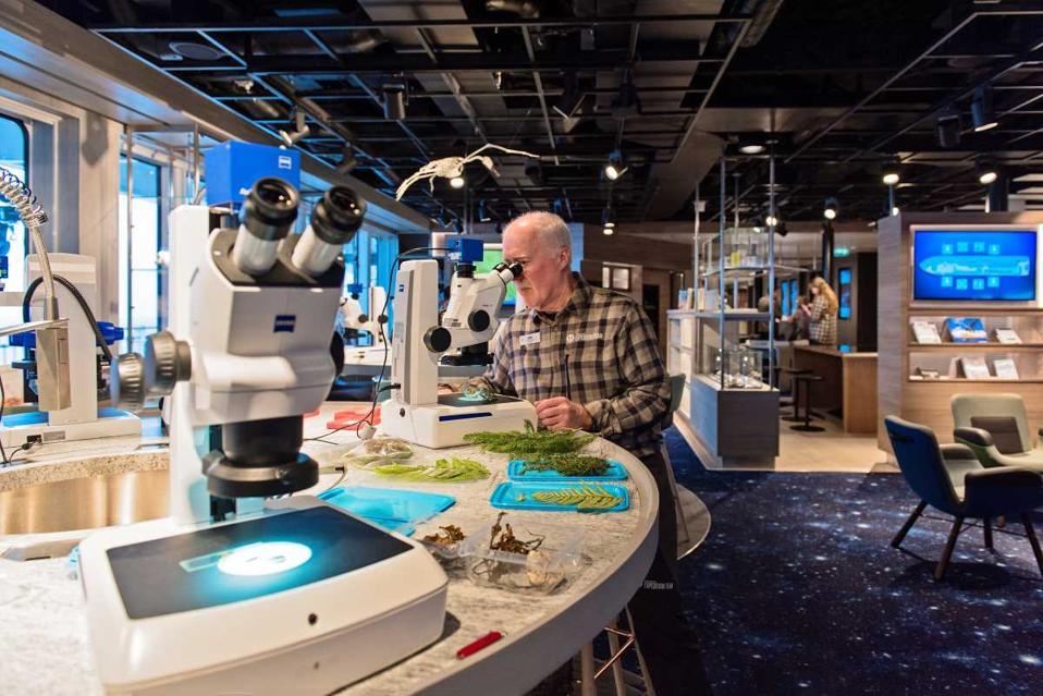 man microscope science center