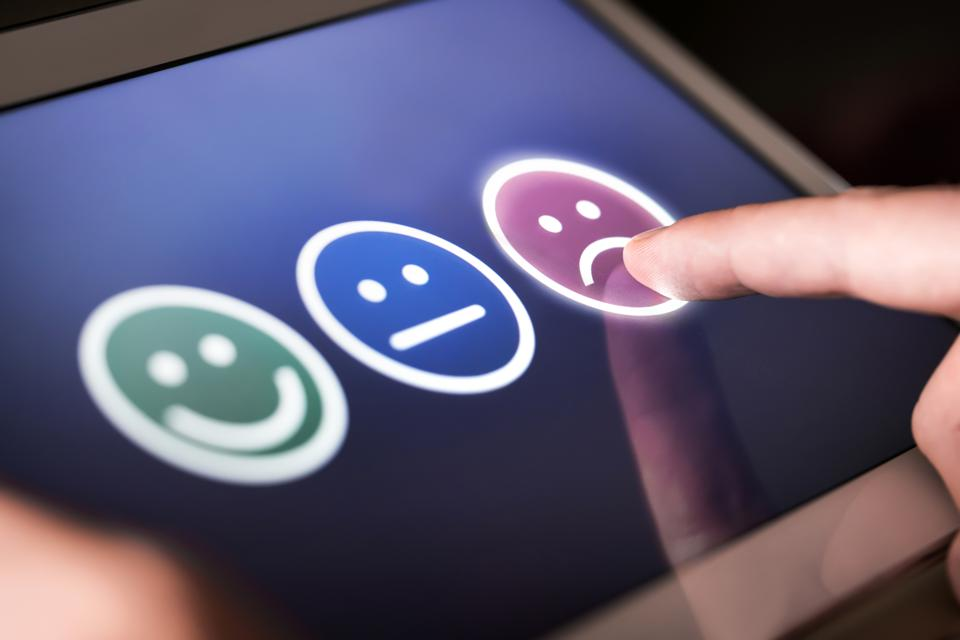 As Mortgage Apps Surge, Customer Satisfaction Plummets, New Report Shows