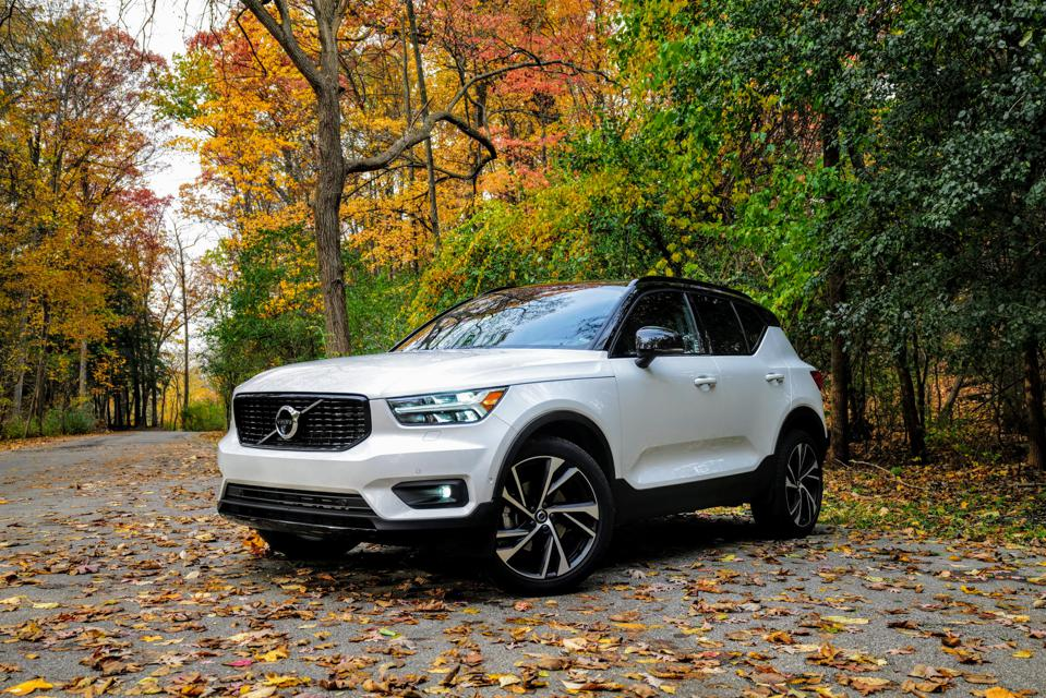 2019 Volvo Xc40 R Design Review 4 Things You Need To Know