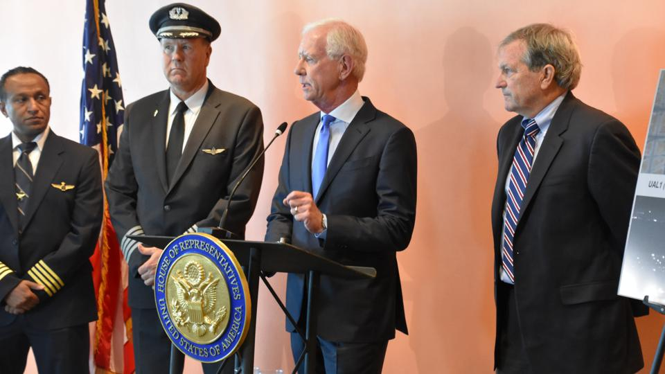 What's It Like To Land A Crippled Airliner On The Water? Capt. Sully Sullenberger Tells Us