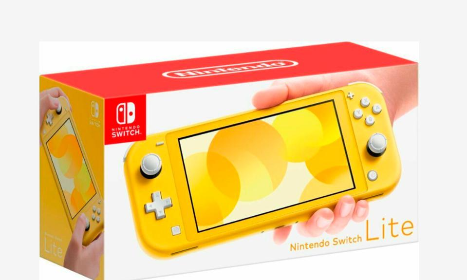 The First 'Black Friday' Nintendo Switch Lite Bundle Is Live Today, With 'Pokémon Sword' or 'Shield'