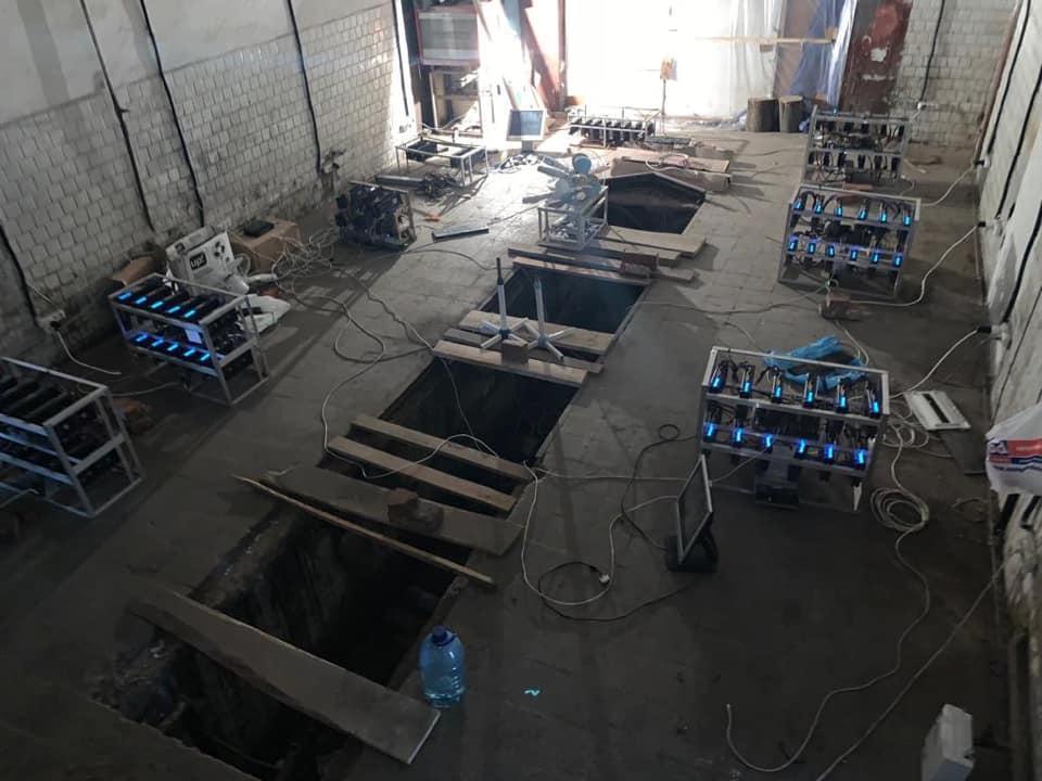 Laiton kryptovaluuttakaivos oli käynnissä yli 100 yksiköllä laitteistoa.