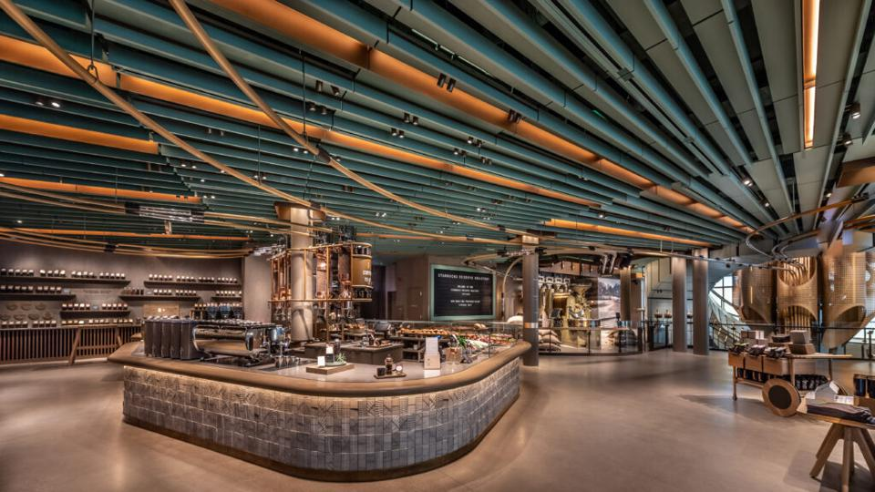 There are three main coffee bars at the Roastery, which in total offer seven brewing methods, including espresso, pour over, coffee press, siphon, Chemex®, Clover® and cold brewing.