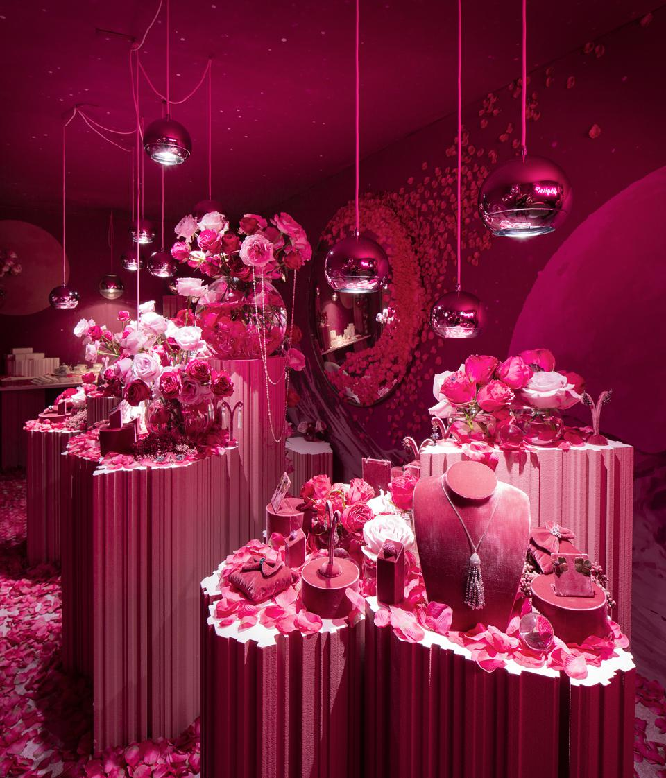 Gstaad Palace Hotel showcases Margaret Jewels during annual Le Rosey weekend reunion