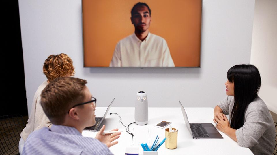 Meeting Owl Pro in Use