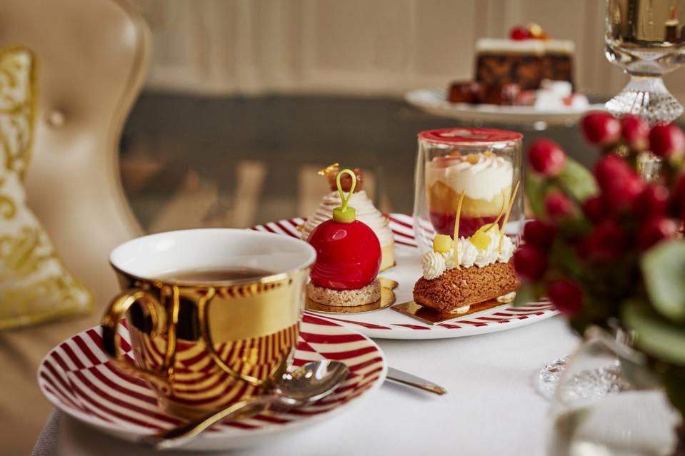 Christmas afternoon tea at Corinthia London