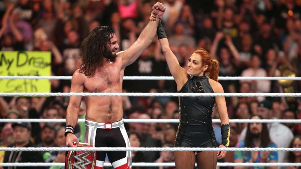 WWE Raw: Seth Rollins and Becky Lynch