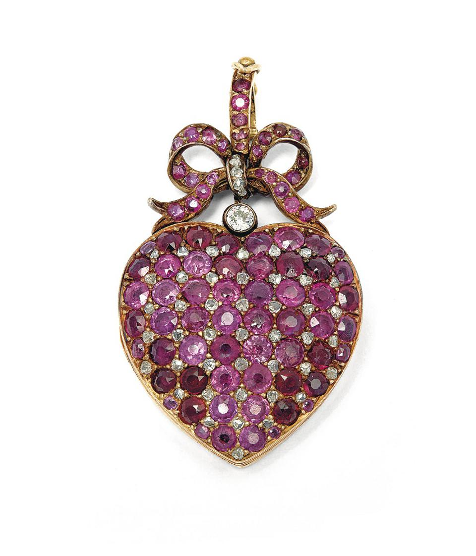iamond and ruby locket from Eugénie de Montijo, the last empress of France
