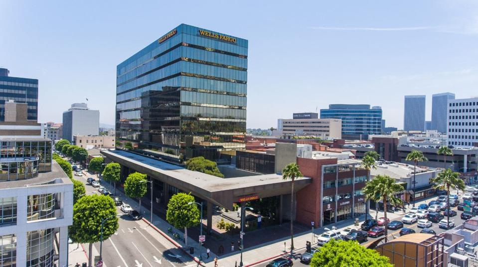 StarPoint Properties, LLC, a Beverly Hills-based real estate investment firm was recently awarded LEED Gold v4.1 status for sustainability-related improvements at 433 N. Camden Drive.