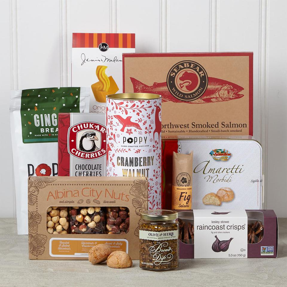 Holiday Party Snack Gift Basket