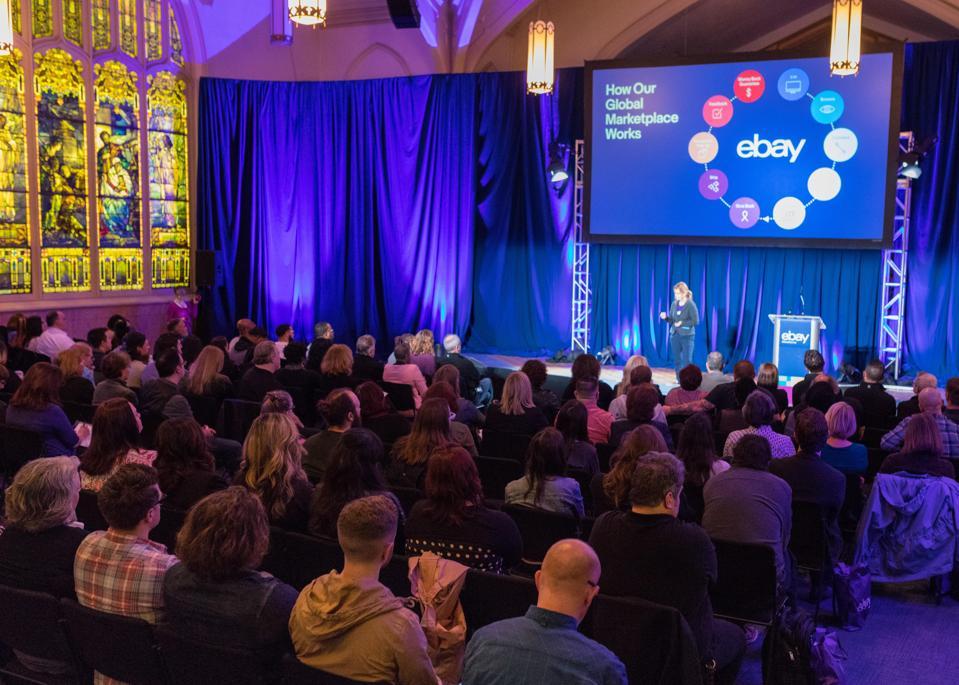 Como o eBay capacita as comunidades a impulsionar o crescimento e o impacto
