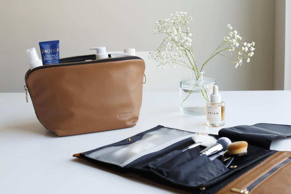 Kusshi Signature Cosmetic Bag