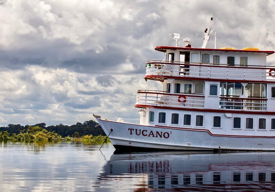 Motor yacht Tucano along the Rio Negro
