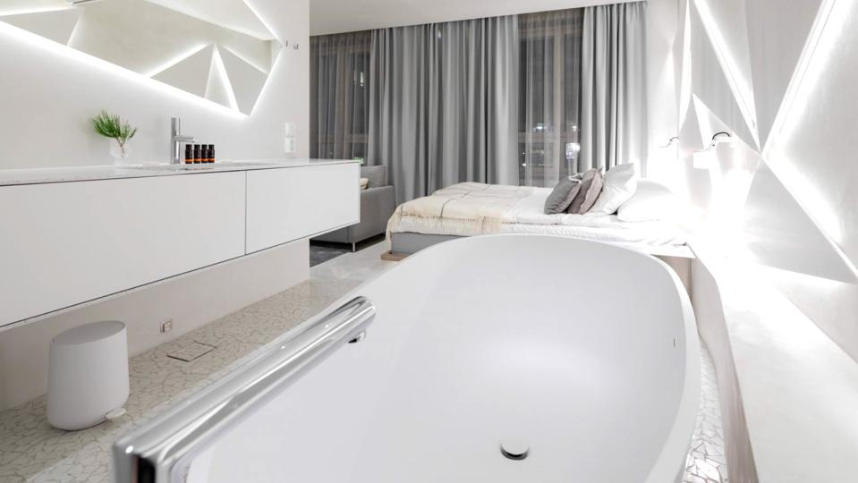 Ice Suite in HAAWE