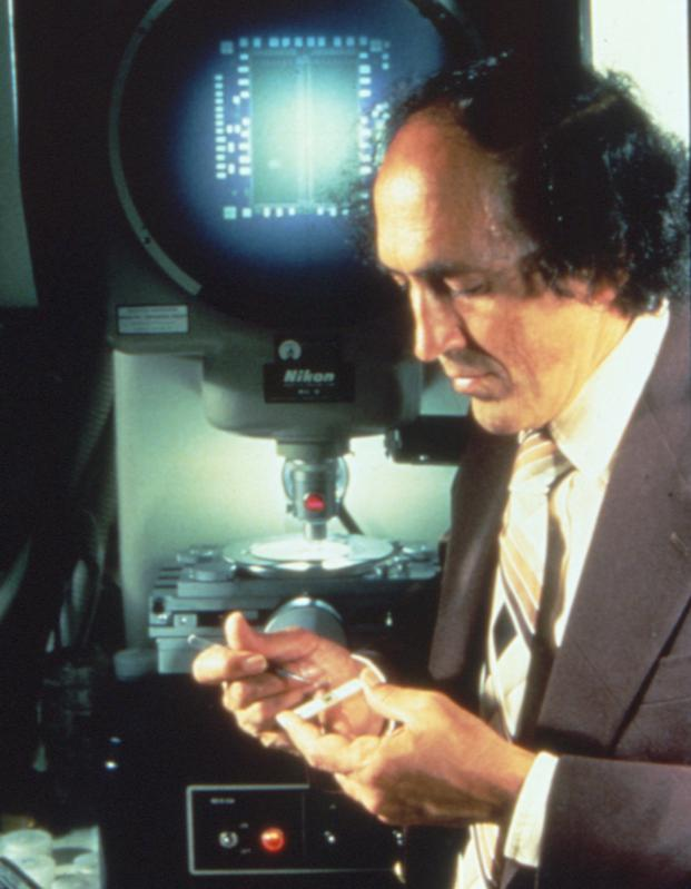 Robert H. Dennard changed the future of computing with his invention, conceived in 1966, that reduced computer memory to a single-transistor cell known as dynamic random-access memory, or DRAM.