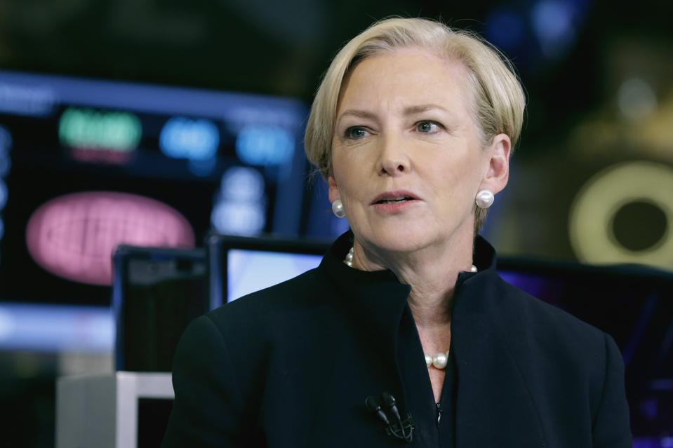 Carbon, DuPont, female CEOs, 3D printing, manufacturing, CEO changes, unicorns