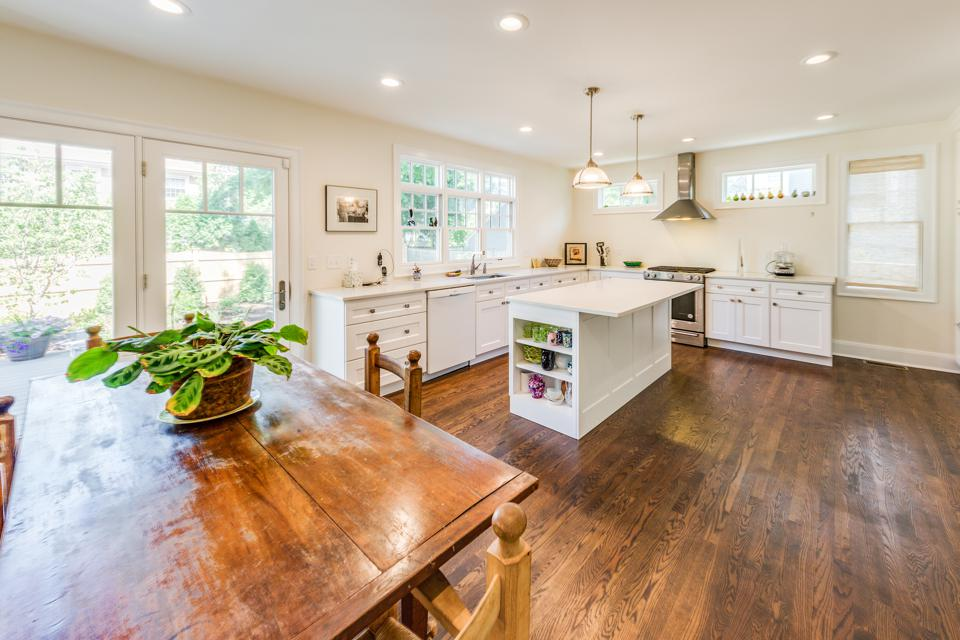 Kitchen with toxin-free flooring, cabinetry and paint