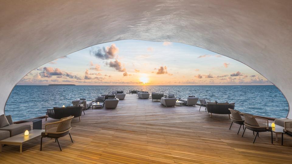 sunset maldives St. Regis Maldives Vommuli Resort