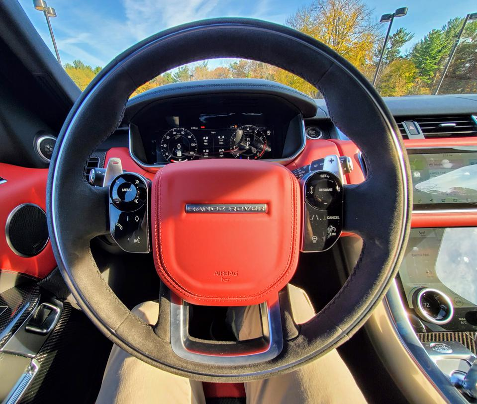2019 Land Rover Range Rover Sport HST - shot with Canon 90D