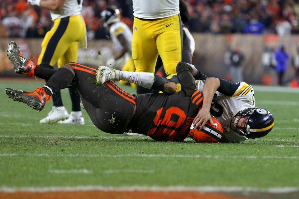 NFL: NOV 14 Steelers at Browns