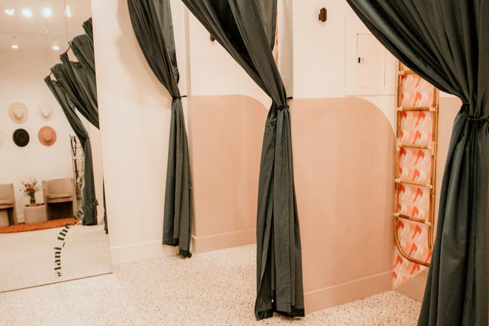 Swirl dressing rooms.