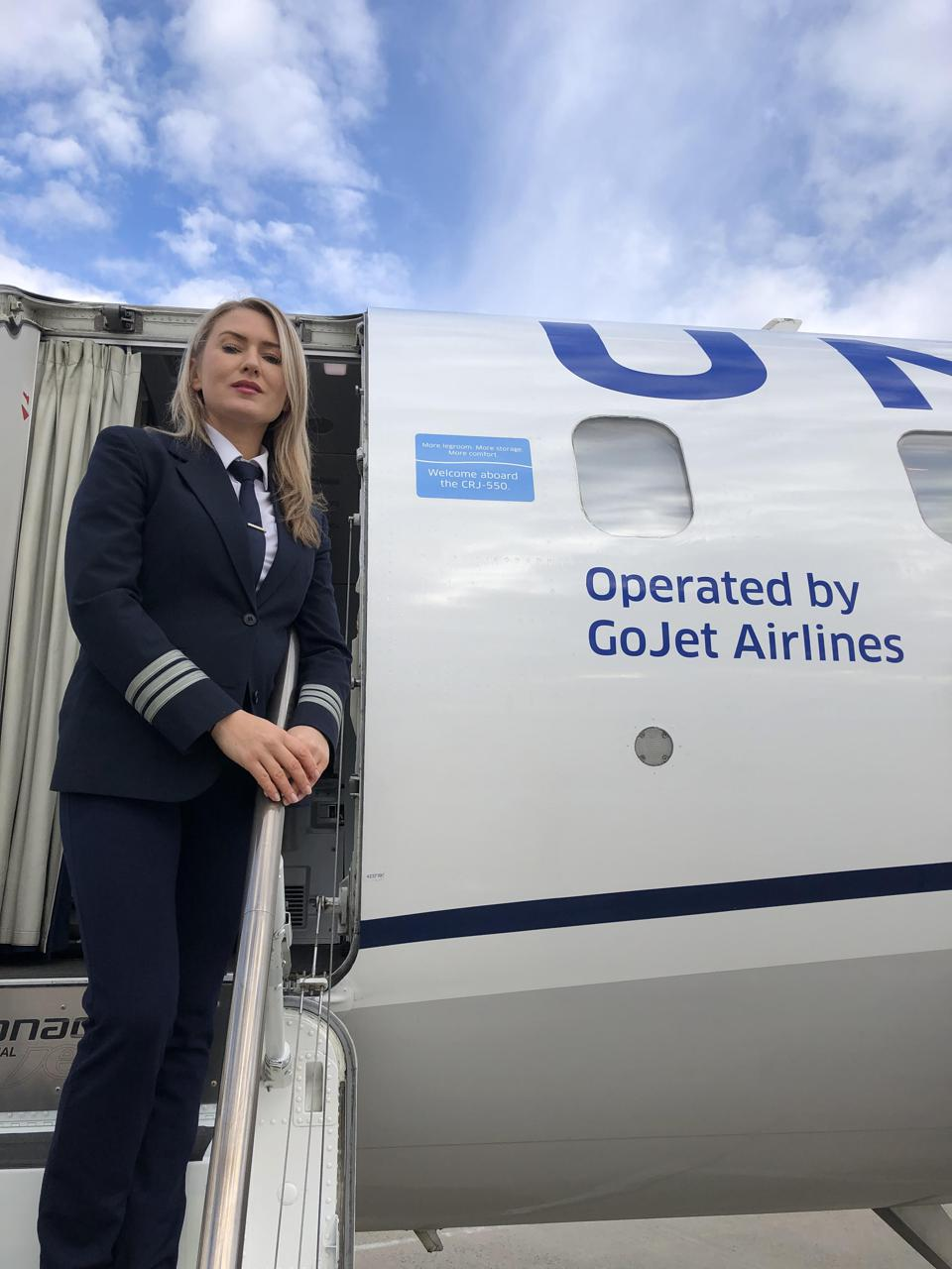 Alicja Skreiberg is a GoJet first officer who flies the CRJ 550 for United Express