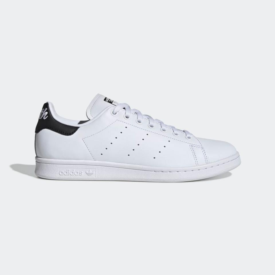 Adidas Cyber Monday 2019: Best Sales On Shoes, Work Out ...