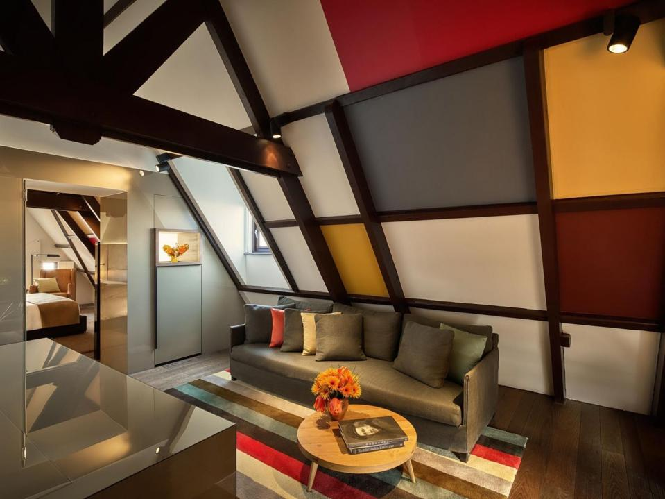 A suite at Amsterdam's Conservatorium Hotel bearing Rembrandt inspired colors and artworks