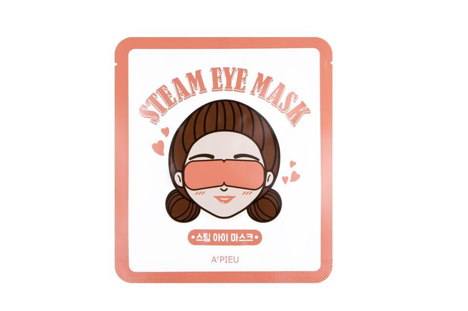 Relaxing gifts for travelers - A'pieu Steam Eye Masks