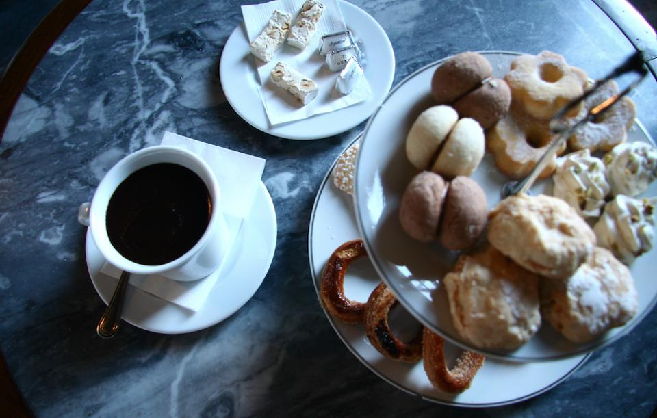 The 18th-century version includes hot chocolate.