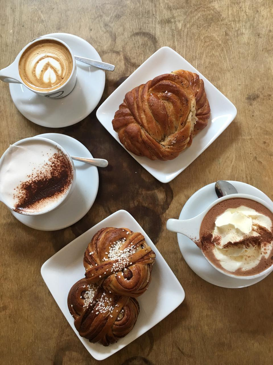 Coffee, cardamom and cinnamon buns.
