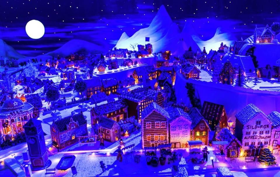 A scene from Pepperkakebyen, Bergen's gingerbread town.