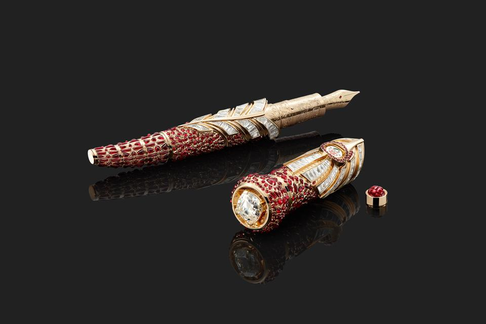 The Insignia of Power fountain pen dressed in rubies and diamonds.