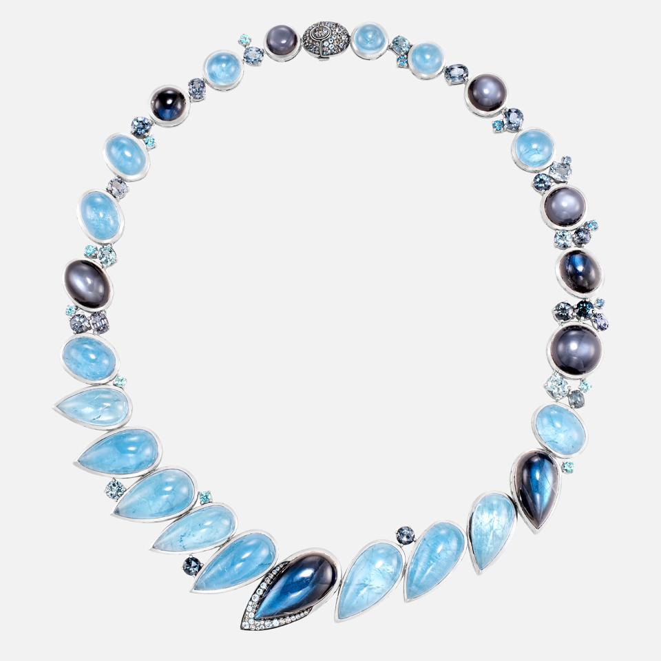 Cinta Collection Chain Lingkaran Bulan Necklace by John Hardy